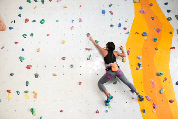 What to wear for rock climbing for ladies?